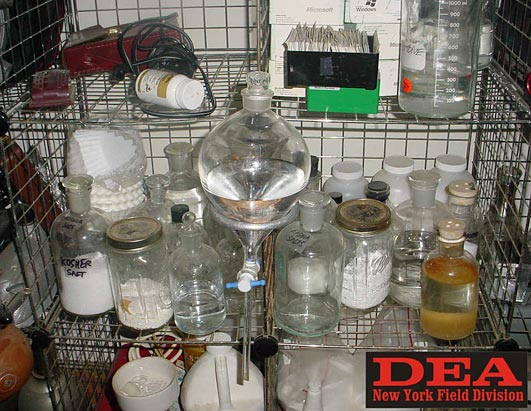 crystal making lab Welcome to the lab report sponsored by apologia science we are studying snowflakes all week here at the homeschool scientist yesterday, we learned about snowflake science, how snowflakes.